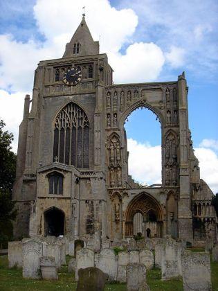 450px-Croyland_Abbey_&_Parish_Church_of_Crowland