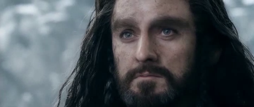 Thorin Oakenshield (Richard Armitage) sees Fili in Azog's grasp, in The Hobbit: The Battle of the Five Armies. Screencap.