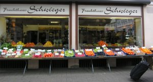 My favorite place for produce in Göttingen. I bought a lot of asparagus there over the years.