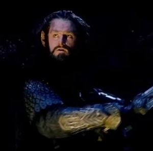 Thorin Oakenshield (Richard Armitage) prepares to engage with a troll, in The Hobbit: An Unexpected Journey. Screencap.