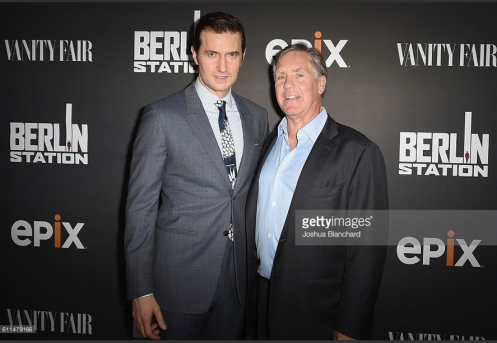 Richard Armitage with Mark Greenberg, LA premiere of EPIX, September 29, 2016.