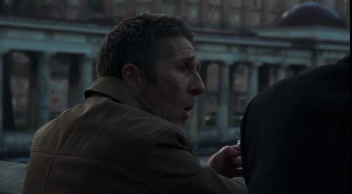 Robert (Leland Orser) discusses their problem with Steven in Berlin Station 3.3.