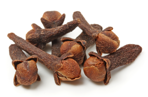 Cloves, or as Germans call them, Gewürznelken.