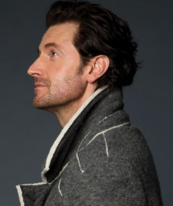 Richard Armitage, photographed by Leslie Hassler.