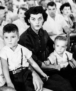Carolyn Bryant and her children during the trial, September 1955.