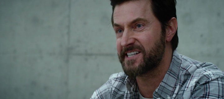 If you're watching Brain on Fire with Richard Armitage ...